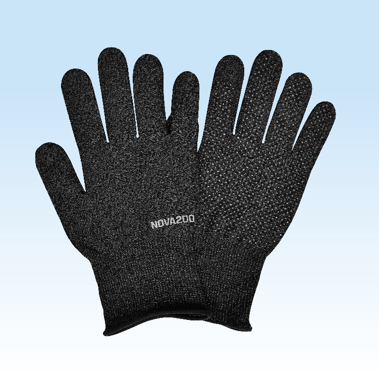 ビニール製の手袋とは違い!シックで自然な印象のブラックミックス